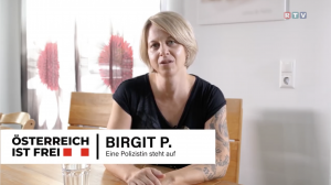 """Birgit P. (""""Österreich ist frei"""") in einem Videobeitrag des Regionalsenders RTV"""