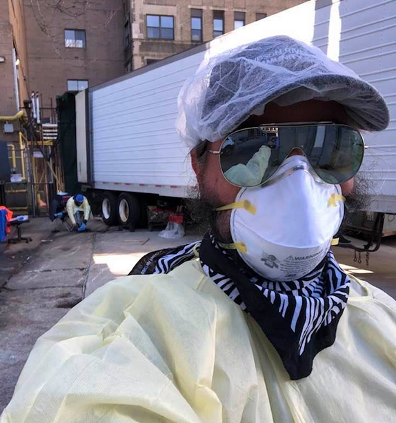 Erik Frampton war Leichenkontrollor in Kühllastern von New York (Facebook Erik Frampton)