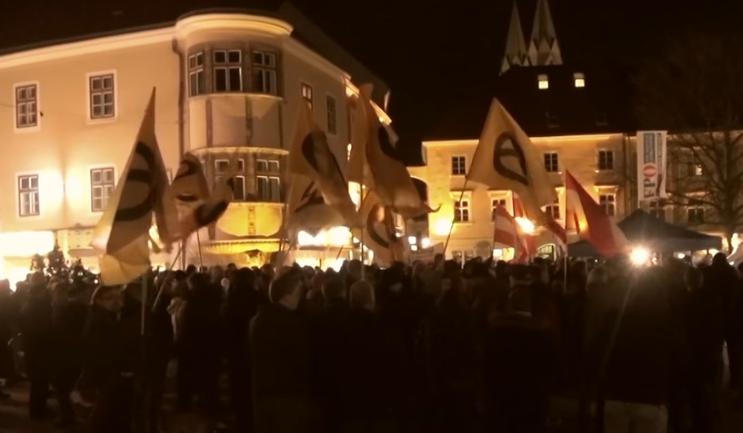 Kundgebung Wiener Neusstadt 25.2.16 mit Identitären (Screenshot Video Youtube Esterreicherr)