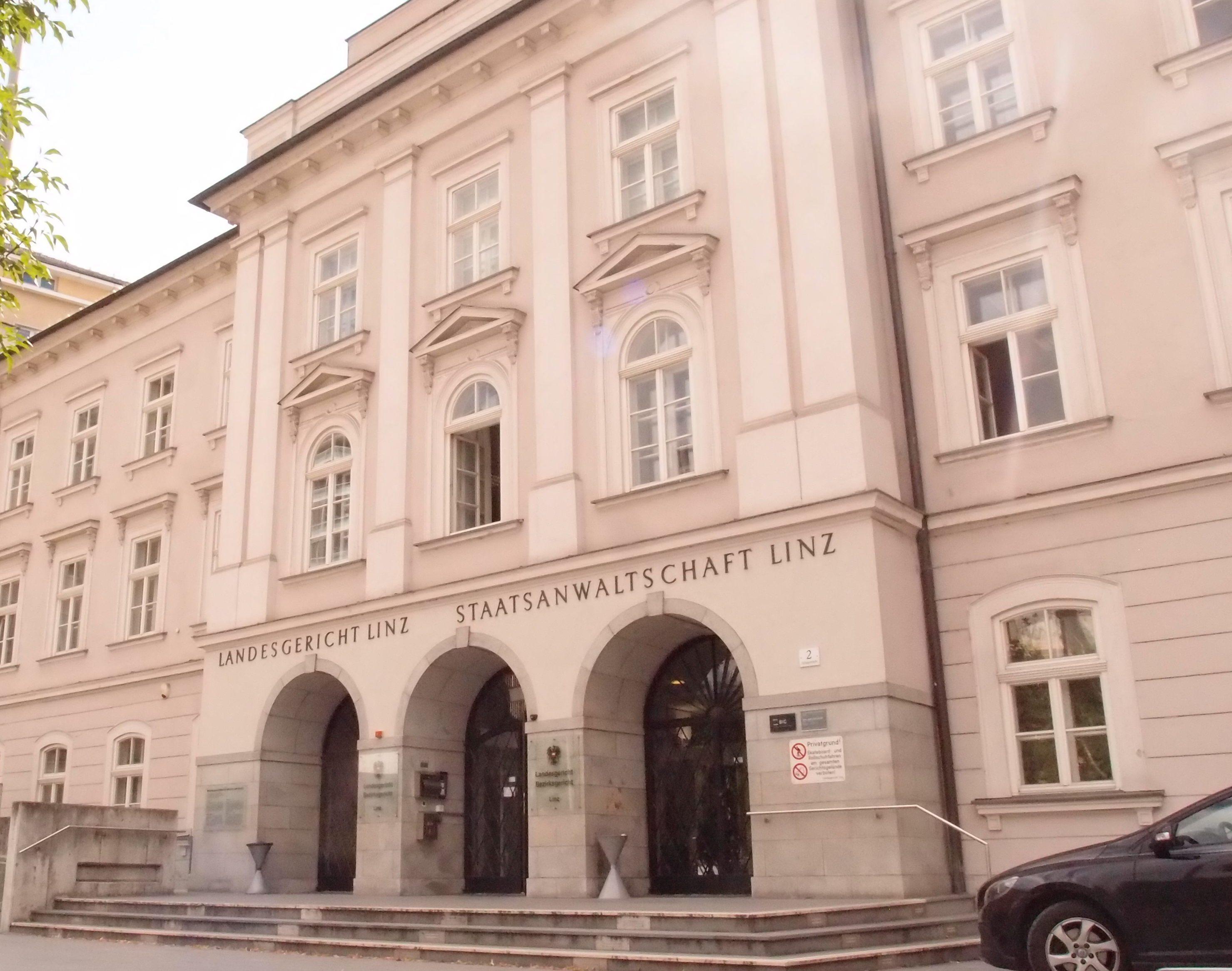 Verfahren nach dem Verbotsgesetz vor dem Landesgericht für Strafsachen Linz