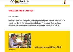 Haimbuchner bewirbt die oberösterr. Familienkarte mit Familienfoto © Medienlogistik