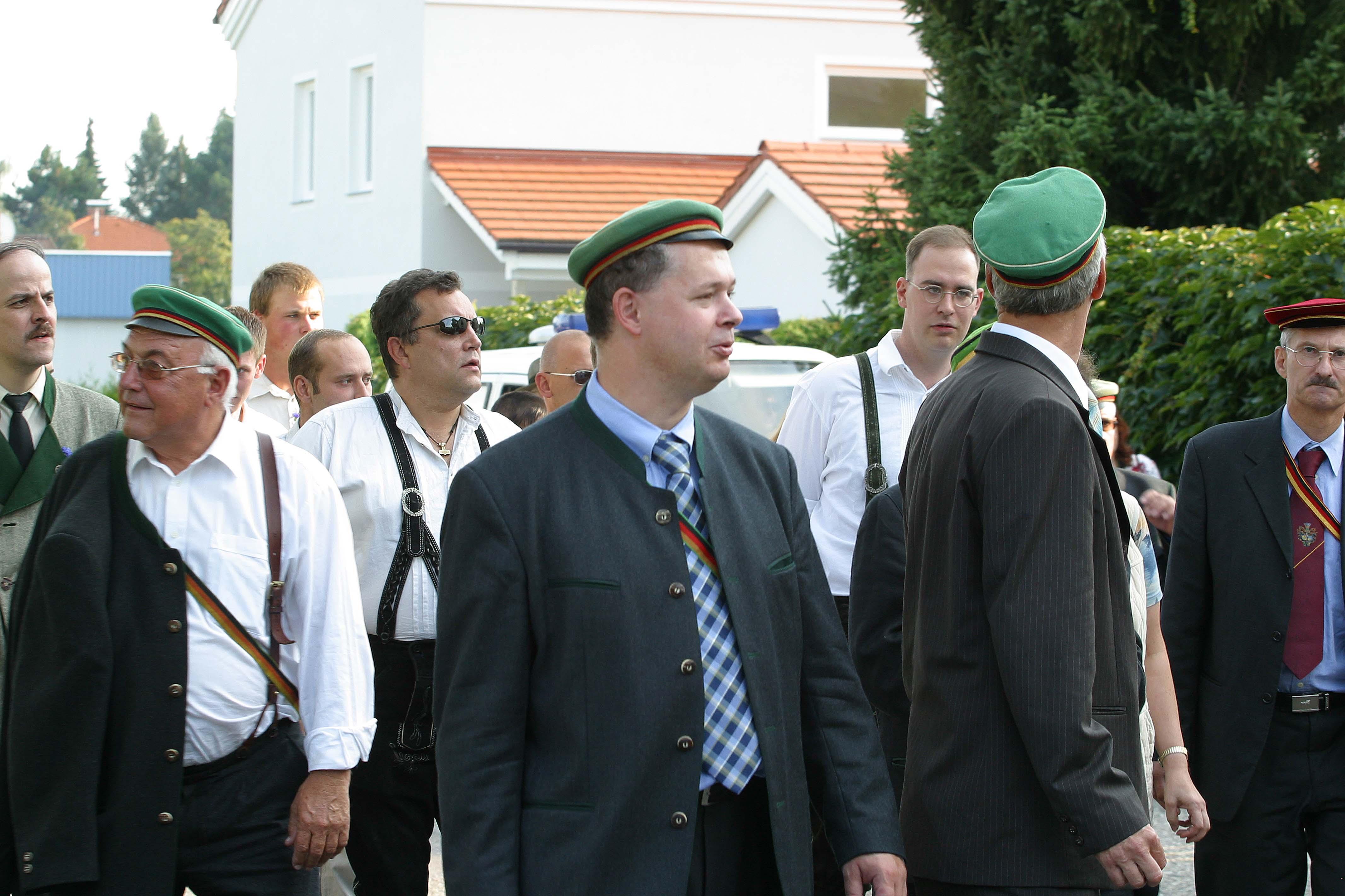 Schleicht's Euch, Ihr braunen Buben! (Podgorschek, Kitzmüller, Küssel, Budin; Palm-Gedenken 2006 Braunau)