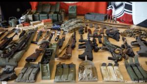 Waffen, Munition und Kriegsmaterial im Neonazi-Netzwerk von Peter B. (Quelle: BM.I)