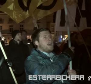 Kundgebung Wiener Neustadt 25.2.16 Alexander Markovics (Screenshot Video Youtube Esterreicherr)