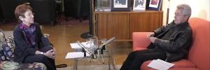 Aus Kreiskys Wohnzimmer: FLUCHT UND VERTREIBUNG – Ruth Wodak im Gespräch mit Ernst Berger