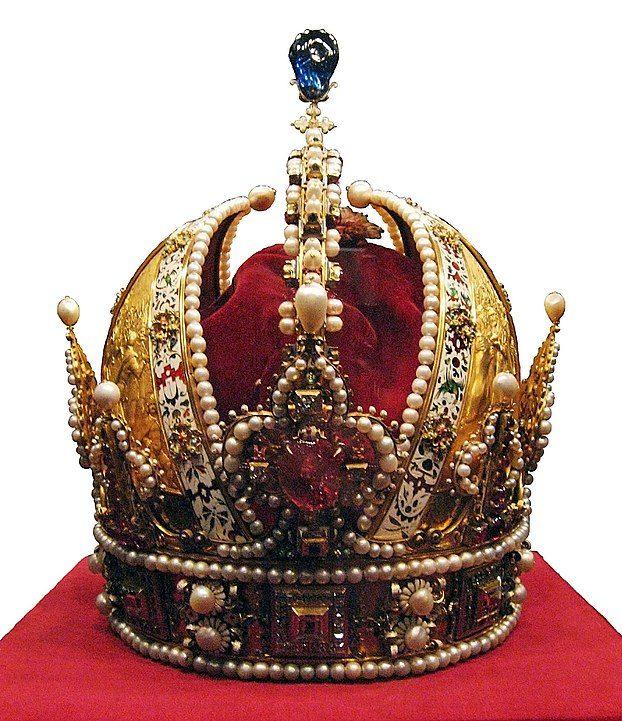 die Habsburger-Krone im Logo des St. Georgs-Orden (© wikipedia)