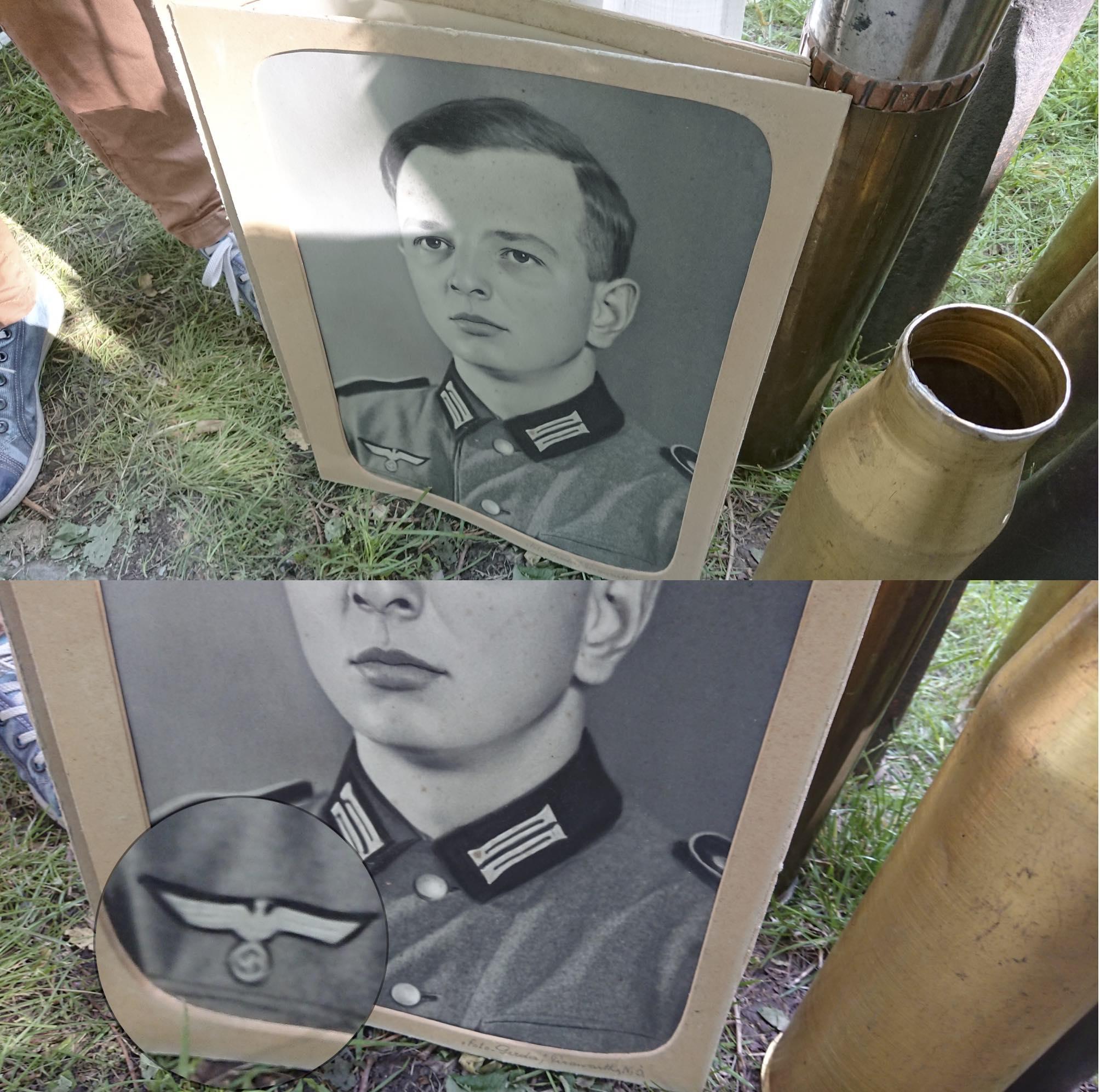 NS-Uniform mit Hakenkreuz (© SdR)