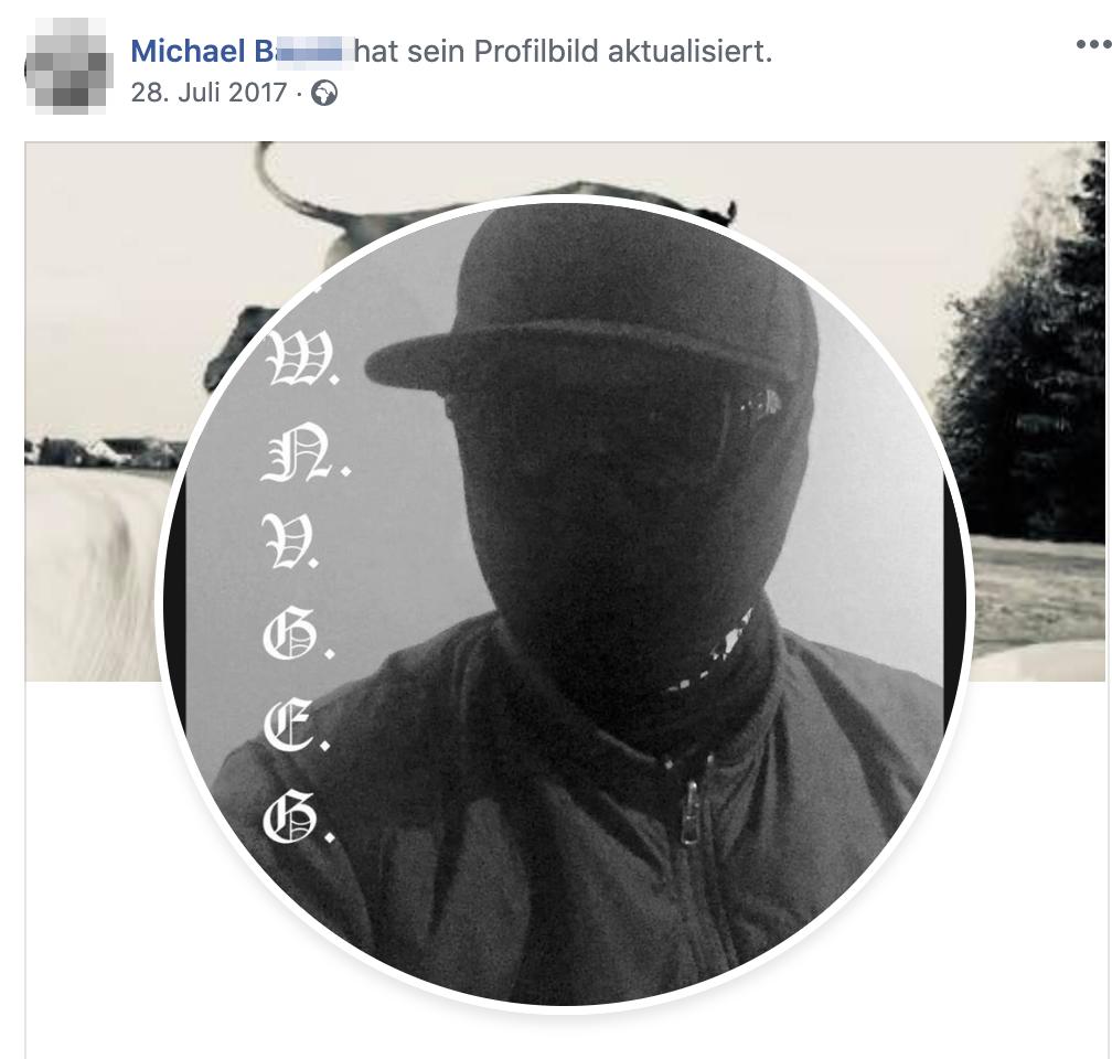 "Michael B vermummt mit ""Pudelhaube"""