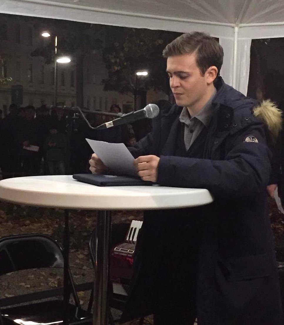 Samy Schrott bei seiner Rede am Aspangbahnhof 11.2018