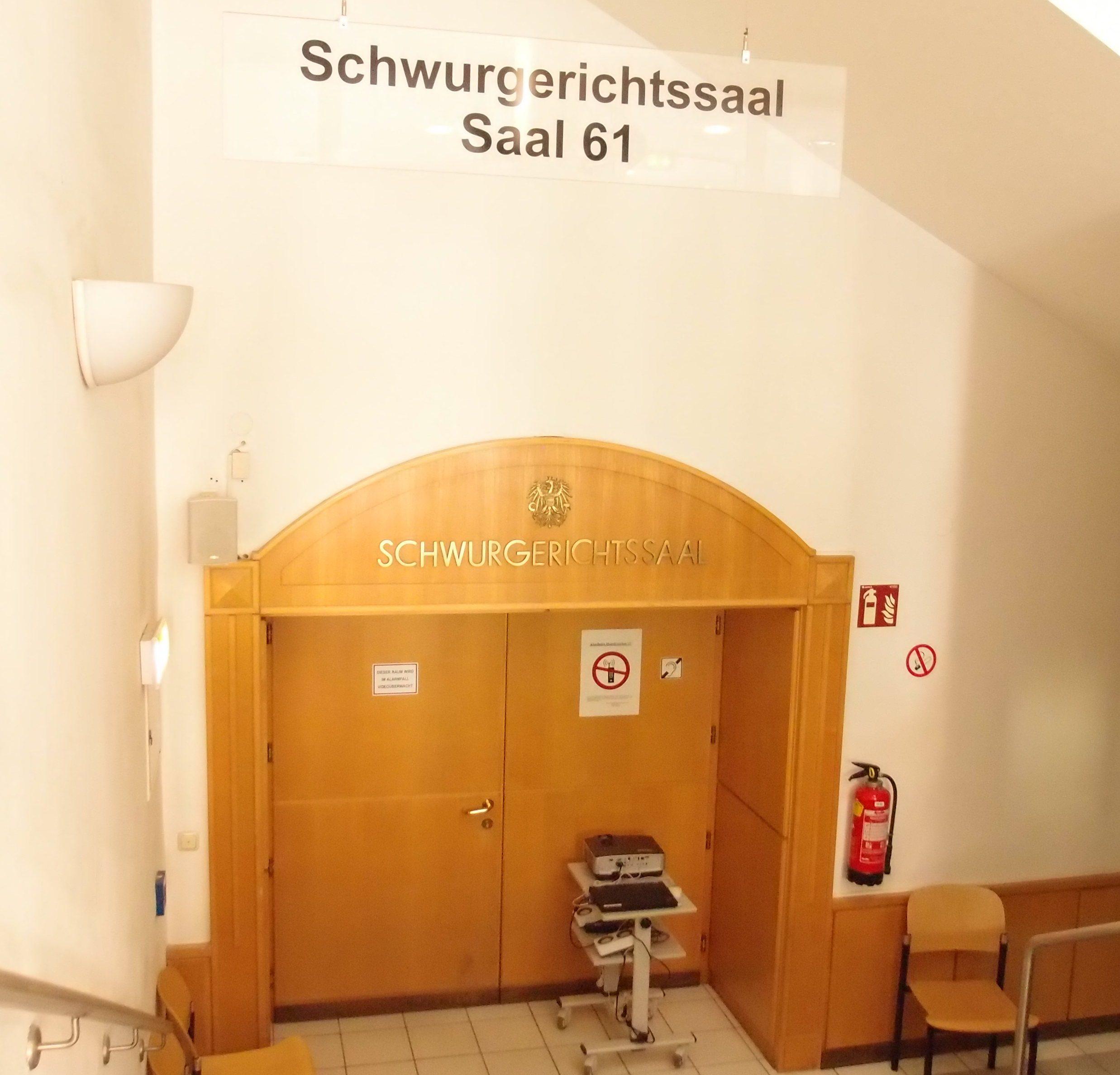 Die Geschworenen befanden den Angeklagten in allen Punkten für schuldig - Schwurgerichtssaal des Landesgericht für Strafsachen Linz
