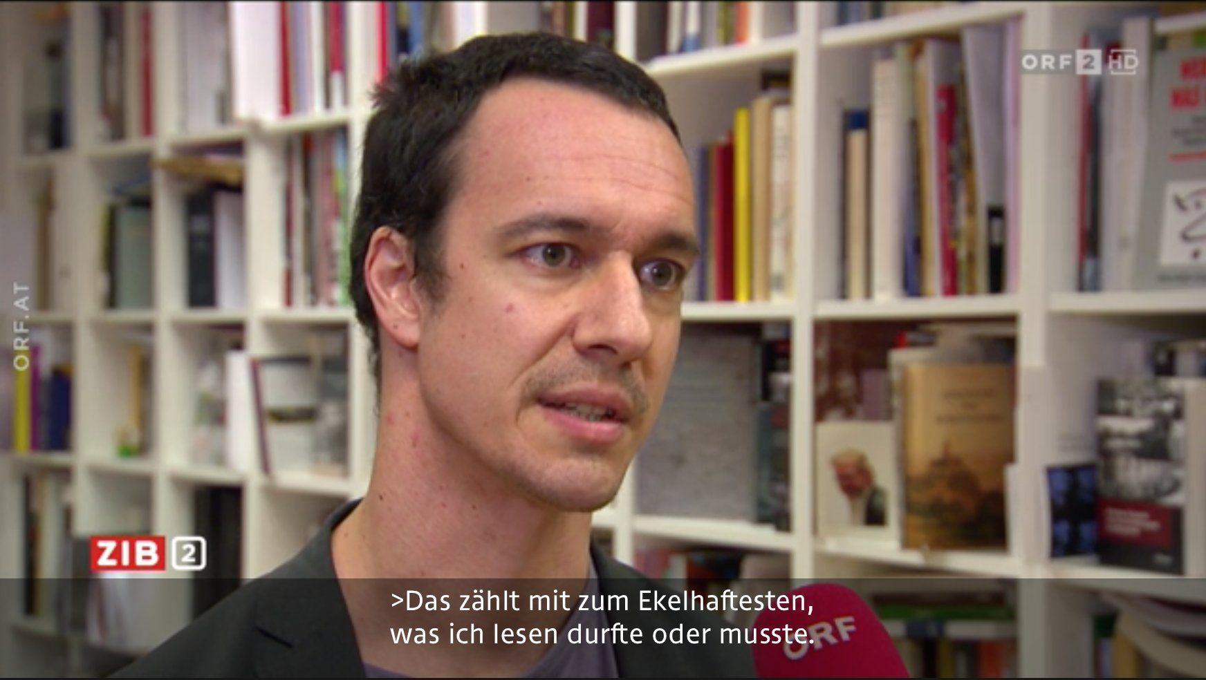 """Bernhard Weidinger (DÖW) über das Liederbuch des Corps Austria Knittelfeld: """"Das zählt (…) tatsächlich mit zum Ekelhaftesten, was ich in den vielen Jahren meiner Beschäftigung mit rechtsextremen Texten lesen durfte oder musste."""""""